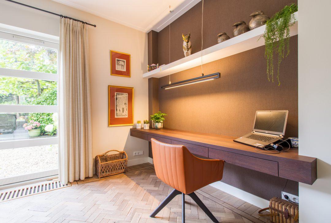 Wengé houten bureau